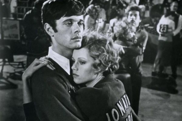 """Cena do filme """"A Noite dos Desesperados"""", adaptado do livro de Horace McCoy"""