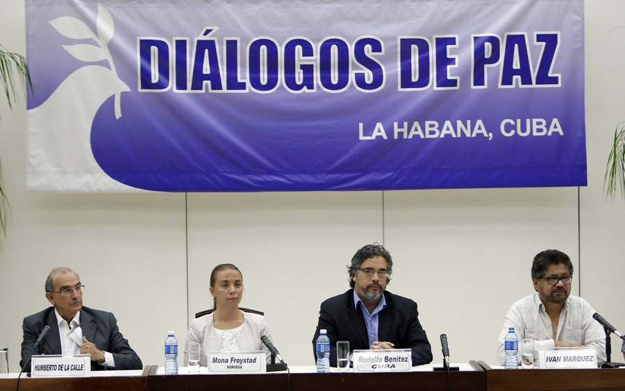 Representantes do governo colombiano e das FARC realizam diálogos de paz em Havana, Cuba. Foto: Agência Efe