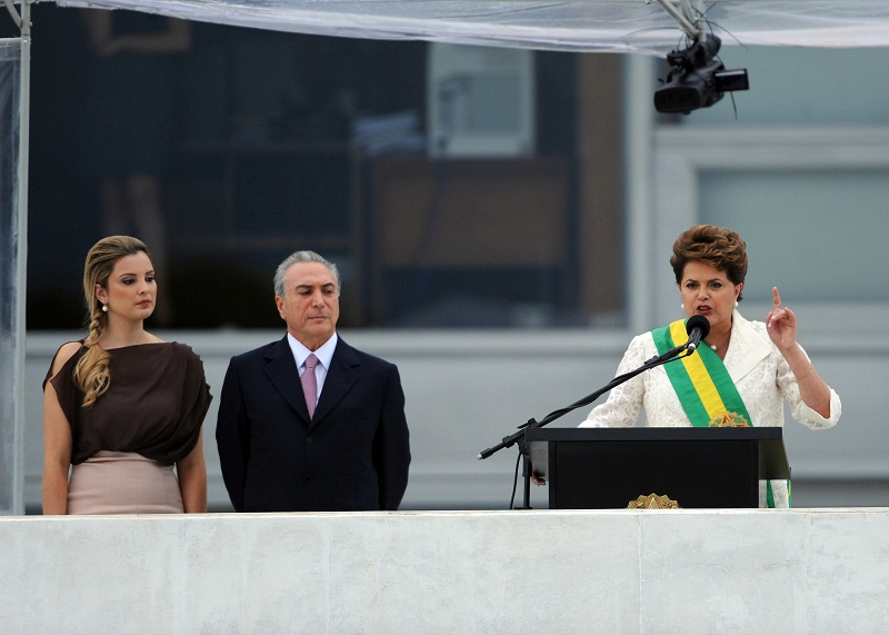Marcela Temer, seu marido, Michel, e a presidente brasileira, Dilma Rousseff, em 2011. Foto: Fábio Rodrigues Pozzebom / ABr